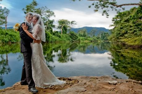 jungle wedding in belize