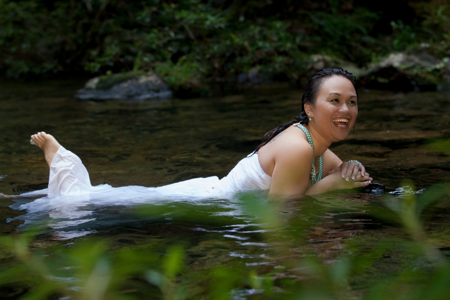 Trash the dress at Butterfly Falls